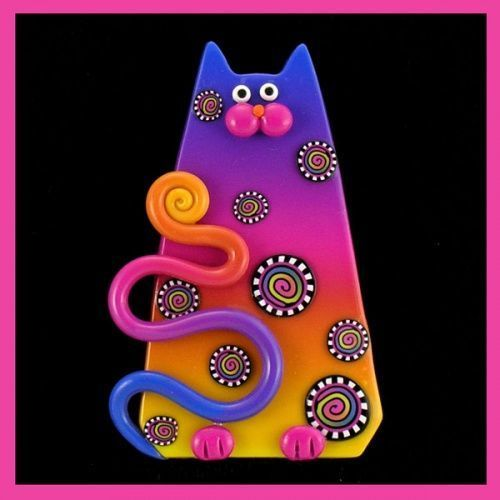 Polymer Clay cat  http://p3.storage.canalblog.com/37/54/52426/58353588.jpg