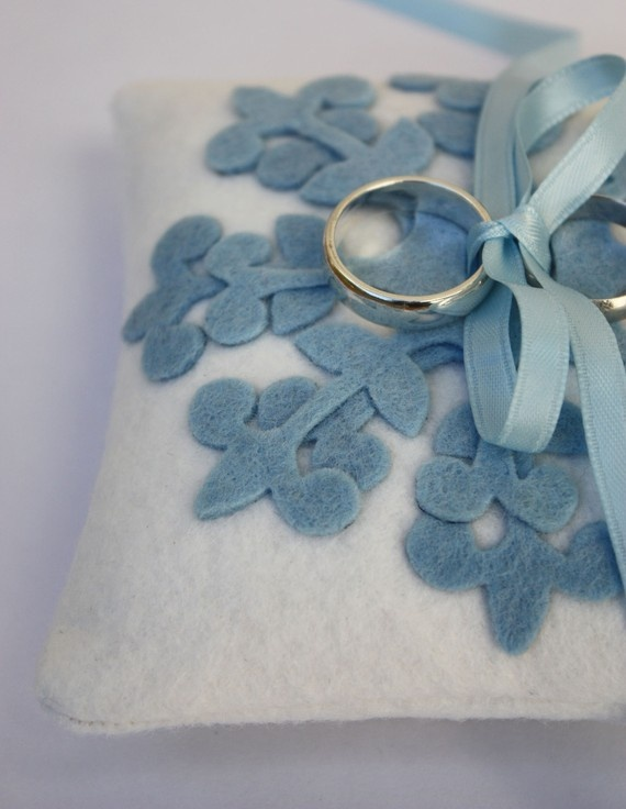 for a winter blue wedding