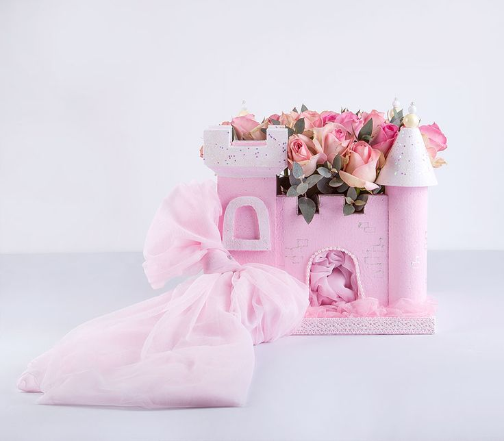 baby castle with roses for your little princess!!