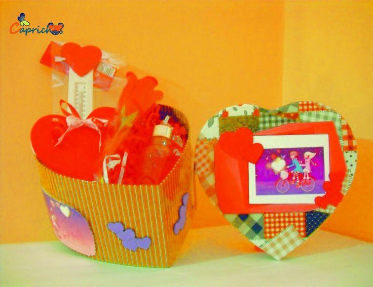 ¿Un regalo original y económico para El Día de la Madre? Conoce nuestra Capricaja corazón para regalo! Disponible en nuestra tienda online http://www.caprichosisama.es/home/95-capricajas-corazon.html