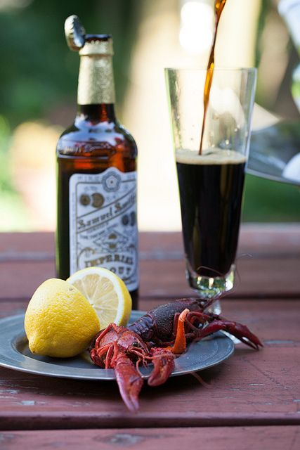 Friday Night Feast: Hot & Juicy Crawfish with Beer. How to boil perfect spicy crawfish, recipe: http://www.melangery.com/2013/06/friday-night-feast-hot-juicy-crawfish.html #seafood, #crawfish, #spicy, #summer, #picnic, #beer