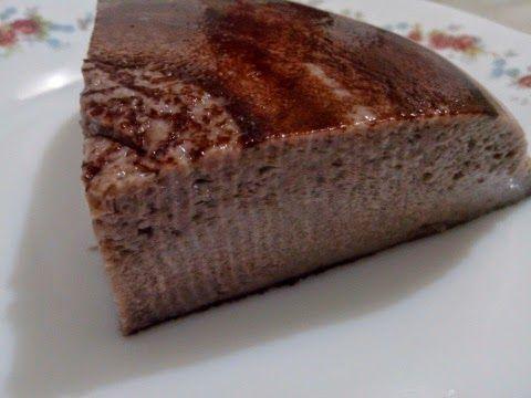 Corte Flan de Cacao Sin Azúcar en el Microondas