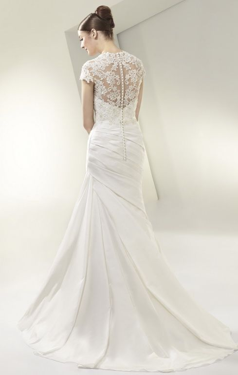 Beautiful by Enzoani wedding dress collection - BT14-31
