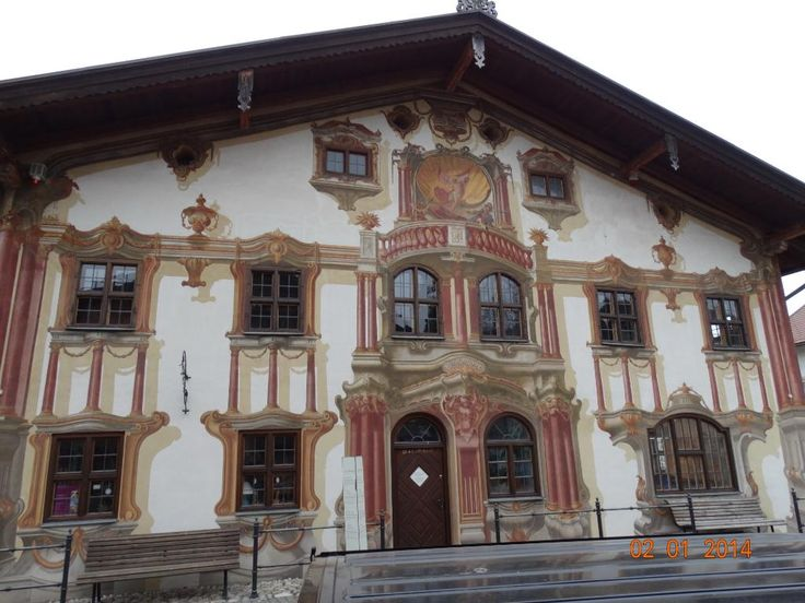 Il paese delle case dipinte - Review of Pilatushaus, Oberammergau, Germany -