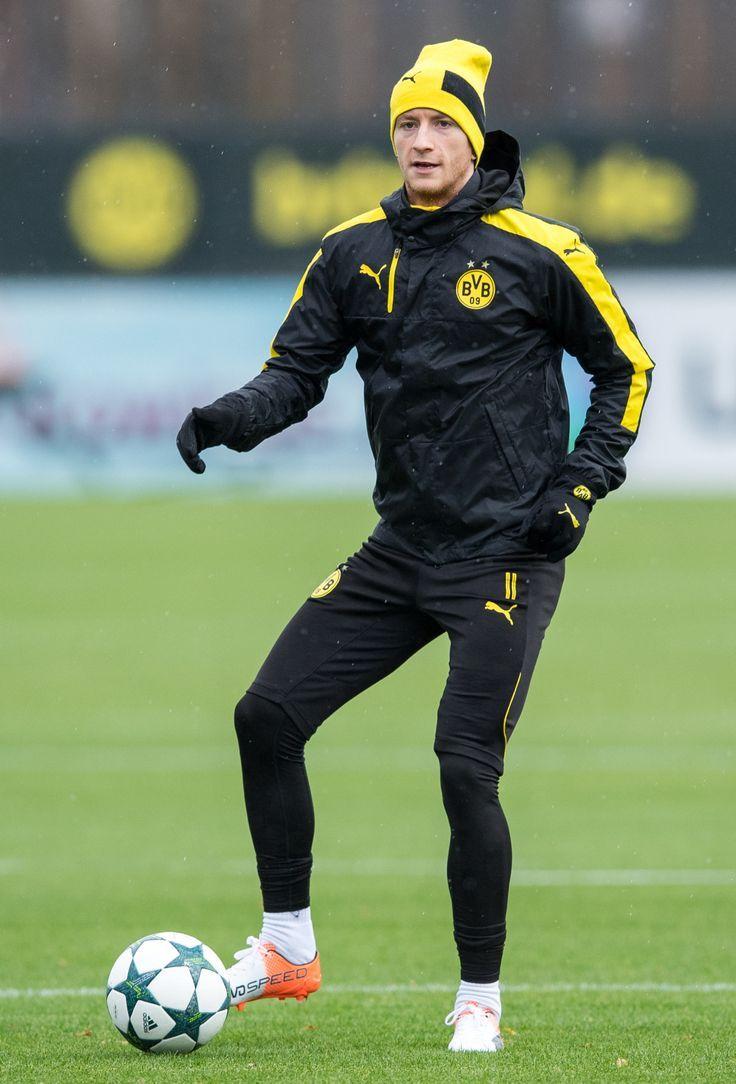 Borussia Dortmund Aesthetic Borussia Dortmund Aesthetic Borussia Dortmund Asthetik Borussia Dortmund Esthe In 2020 Dortmund Borussia Dortmund Wallpaper Football