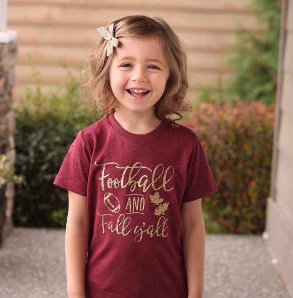 Footbal and fall yall in GLITTER shirt, football shirt for girls, fall shirt for girls This is for our GLITTER version of Football and Fall Yall shirt. Please specify gold or silver glitter in notes to seller at checkout. If nothing is specified we will do gold glitter. check out more great shirts at https://www.etsy.com/shop/shophartandsoul   ~~~~~~~~~~~~~~~~~~~~ Fit information ~~~~~~~~~~~~~~~~~~ This shirt fits true to size. Please see last picture for size chart. If yo...
