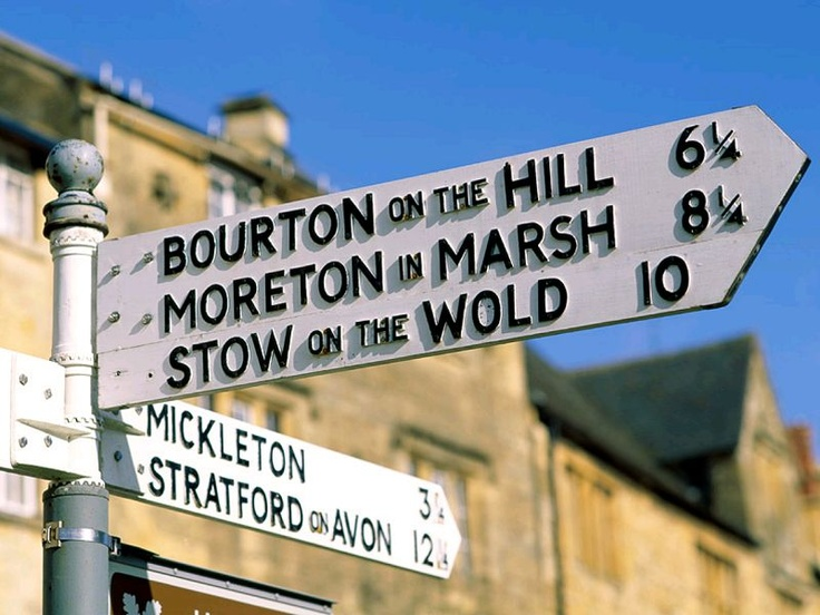 Moreton-in-Marsh is a quintessential Cotswolds town, full of antique shops and restaurants. It's just a few stops out of Oxford by train. We love this photo by Pinterest user Chris Baker!