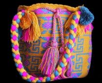 ORANGE WAYUU BAG – HAND BAG STYLE  # 6 #Handbags #crochetPatterns #backpack #boho #fashion #Mochila #Bolsa #Yoga #Crochet #Knit #yarn #moda #mode #handbag #streetstyle #bucketbag #LaGuajira #crochet #bagbeach #style #artesanias #indigenous #wayuupeopple