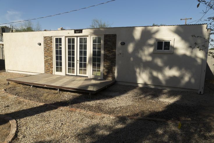 Initially intended as a mother-in-law suite, this container home has never been lived in. The $26,000.00 list price includes: 40' HC grade A shipping container R-19 wall insulation and R-30 roofing insulation Electric hookup through 220v RV plug (or can be retrofitted to be completely off-grid) Gas hookup to either butane or propane 1/2 HP submersible…