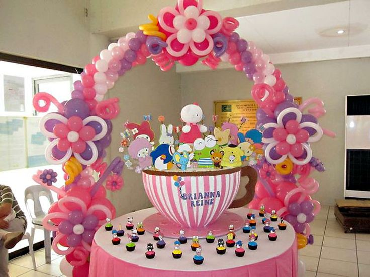 My Mom-Friday: Fun Friday: What Makes a Fun-tabulous Kiddie Party?Fun Tabule Kiddie, Balloons Decor, Fun Friday, Decoration With, Ballon Decor, Kiddie Parties, Flower Balloons, Balloons Arches, Con Globos