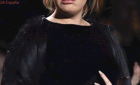 Adele anula dos conciertos en Londres por un problema en las cuerdas vocales