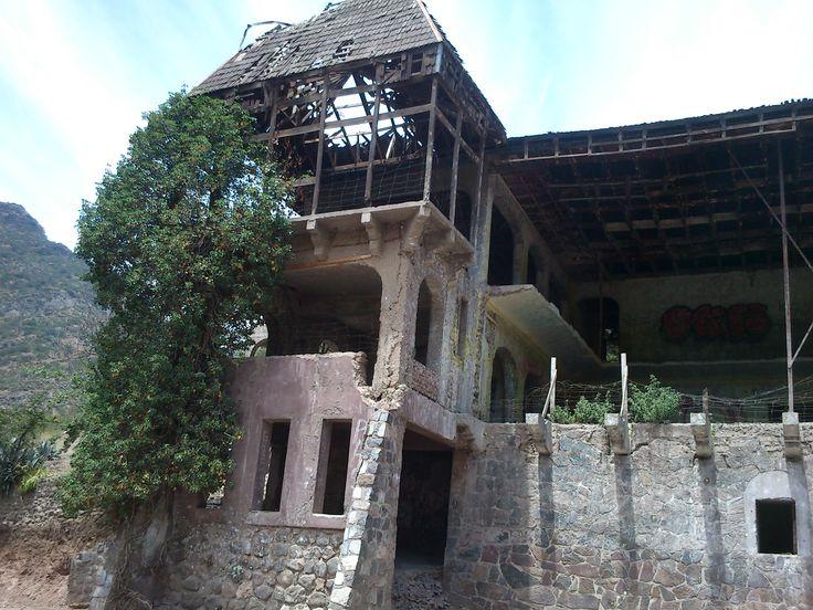 casa abandonada, en Barnechea. Las Condes