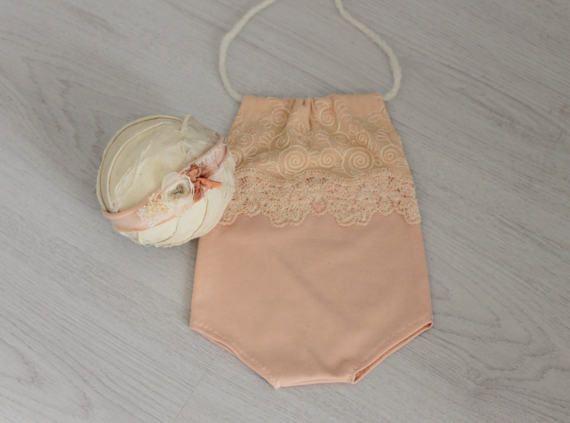 Ehi, ho trovato questa fantastica inserzione di Etsy su https://www.etsy.com/it/listing/520787803/impostare-neonato-foto-prop-pagliaccetto