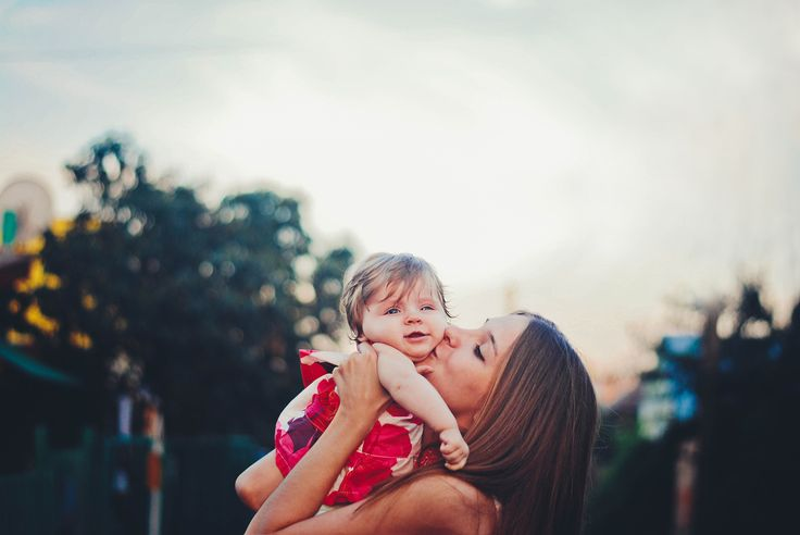 mother and baby, child, girl, kiss, love, photography