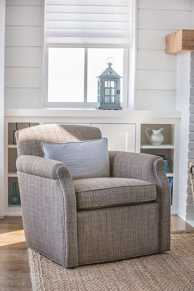 Beach House With Transitional Interiors   Home Bunch   An Interior Design U0026  Luxury Homes Blog
