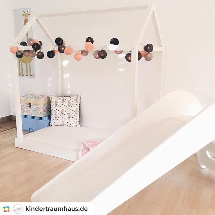 Habt einen gemütlichen Samstag Abend! Vielen lieben Dank @kindertraumhaus.de für diese wunderschöne Kinderzimmer Impression! #goodmoods #kindertraumhaus #jupiduu #lichterkette #stringlights #createyourown #kids #kidsroom #hausbett #rutsche #interior #design #good__moods #lights #2016