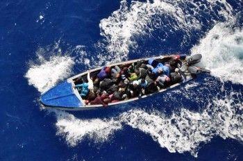 El vicealmirante Edwin Dominici Rosario, jefe de Estado Mayor de la Armada Dominicana, informó este jueves que la Guardia Costera de Estados Unidos en coordinación con esa entidad, detuvo esta madrugada a 38 dominicanos que viajaban en una embarcación con el propósito de llegar a las Islas Turcas y Caicos. El oficial ofreció la información […]