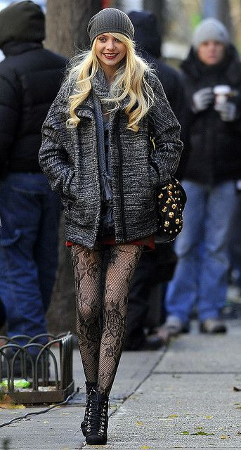 Taylor Momsen AKA THE MOST PERFECT PERSON EVER Floral Lace Tights  https://www.facebook.com/MissOlinaFashion http://www.missolina.com/