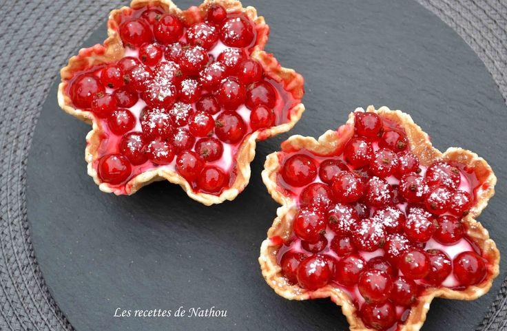 """Les recettes de Nathou: Tartelettes """"express"""" au fromage frais et groseilles rouges"""