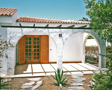 Entrance of the Holiday villa El Trigal, in Maspalomas (Canarias).