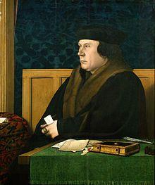 Thomas Cromwell vers 1532 par Hans Holbein le Jeune Portrait de profil d'un homme portant un manteau en velours noir assis derrière une table où sont posés des documents