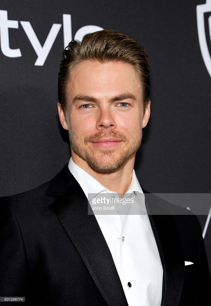 Dancer Derek Hough attends The 2017 InStyle and Warner Bros. 73rd Annual Golden Globe Awards Post-Party at The Beverly Hilton Hotel on January 8, 2017 in Beverly Hills, California.