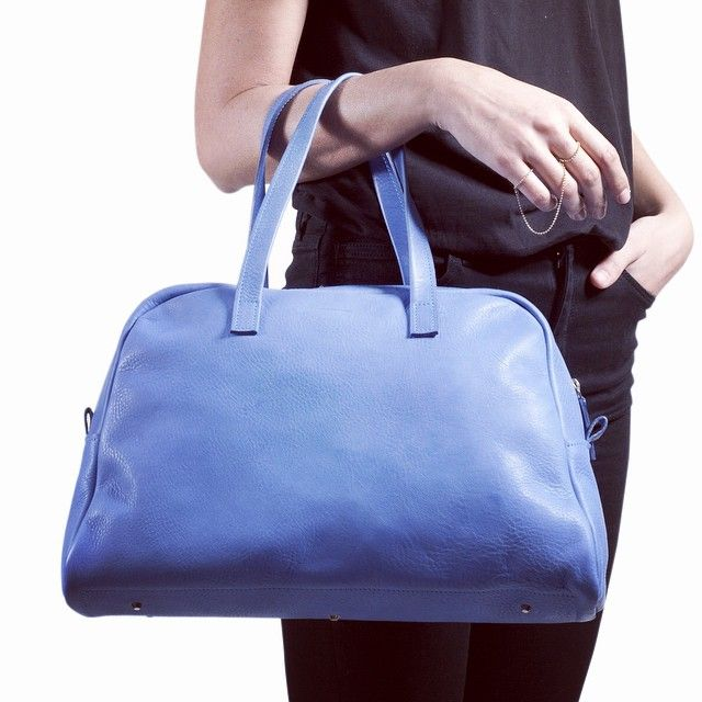 It is not so blue, it is not so depressing.  #bluemonday #cobalt #bag #handmade #madeinitaly #tmr_rso #bowlingbag #leather #black
