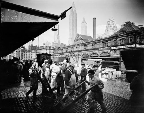 17 best images about old new york on pinterest broadway for Fulton fish market online