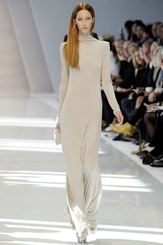 Summer 2010 Trends: Maxi Dresses of Minimalist Style