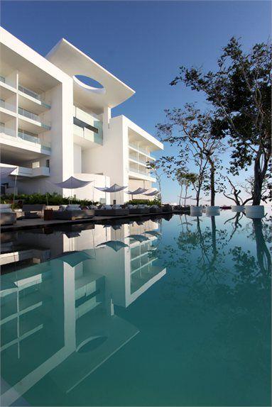 The Encanto Hotel - Acapulco, Messico - 2012 - Taller Aragonés #swimmingpool #pools #architecture #outdoor