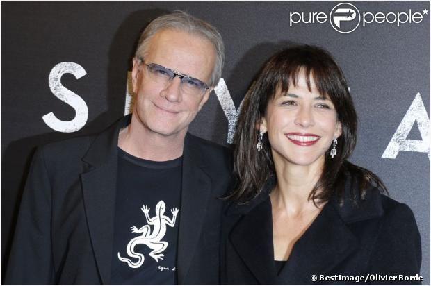 Sophie Marceau et Christophe Lambert amoureux lors de l'avant-première du dernier James Bond, Skyfall, à Paris le 24 octobre 2012