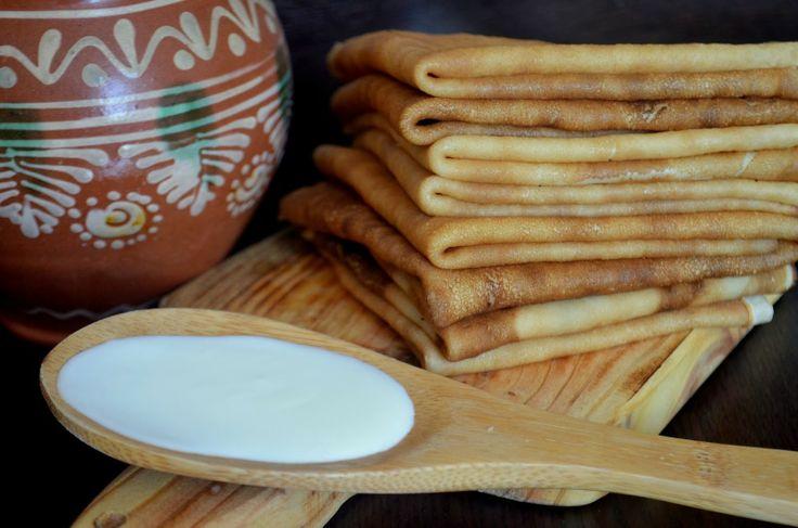 Блинчики на молоке по ГОСТу или ура МАСЛЕНИЦА! 1 литр молока 400 гр муки 2 яйца 30 гр сахара щепотка соли растительное масло для жарки