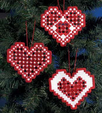 Hardanger Heart Ornaments kit - Red