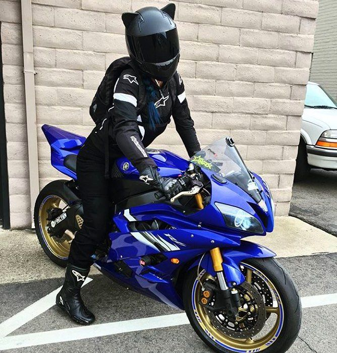 17 images about bikes on pinterest carbon fiber helmets for Yamaha motorcycles for women