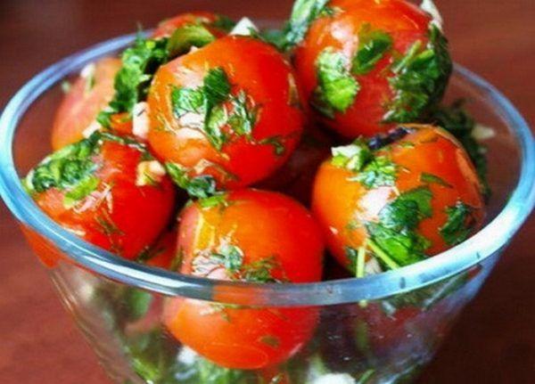 Пряные помидоры в пакете