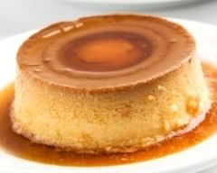 Flans mexicain (flan de queso) : http://www.cuisineaz.com/recettes/flans-mexicain-flan-de-queso-60857.aspx