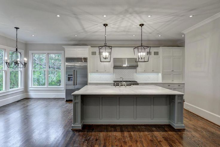 You won't need much time to mix and match color when deciding to paint your kitchen cabinet with grey. In fact, grey is a versatile color! Read more about grey kitchen design on our blog!