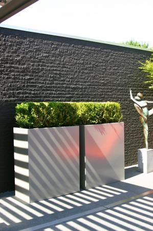 Aluminium planters are available in custom shapes and sizes and any RAL colour!