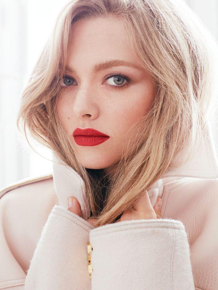 Amanda Seyfried by ALEXI LUBOMIRSKI for Vogue RU wearing Céline