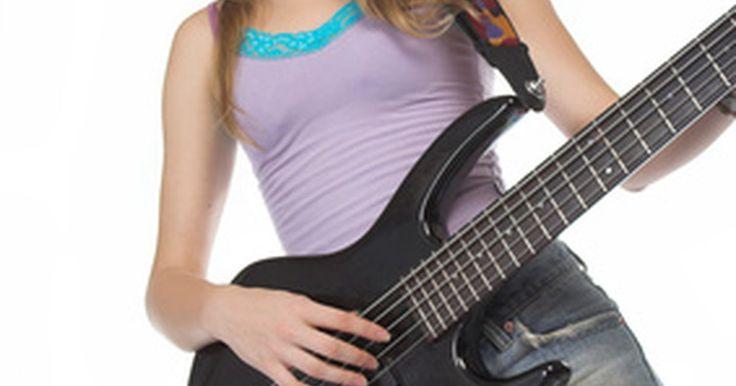 Instrumentos usados en la música pop. Descubre el secreto de la fórmula musical que ha creado los grupos de pop más exitosos y conoce algunos de los principales instrumentos que persisten en los sonidos de la música pop. La música pop es difícil de clasificar puesto que siempre está cambiando de acuerdo a las preferencias musicales del público radioescucha, sin embargo tiene ciertas ...
