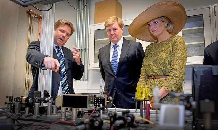 King Willem-Alexander and Queen Máxima visit the Quantum Lab at the University of Waterloo.  Photo: © Patrick Van Katwijk/DPA/ZUMA Wire