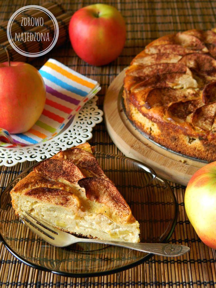 czyli o tym, że zdrowe jedzenie nie musi być nudne :): Jogurtowe ciasto z jabłkami
