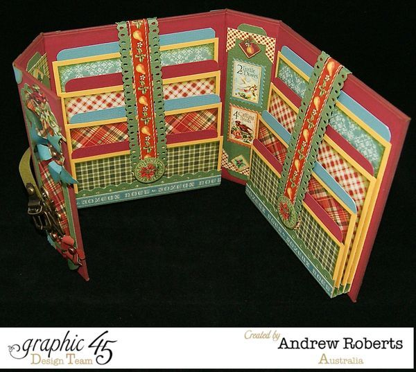 The inside of Andrew's wonderful The Twelve Days of Christmas envelope photo holder! #Graphic45
