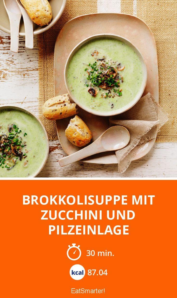 Brokkolisuppe mit Zucchini und Pilzeinlage - smarter - Zeit: 30 Min.   eatsmarter.de