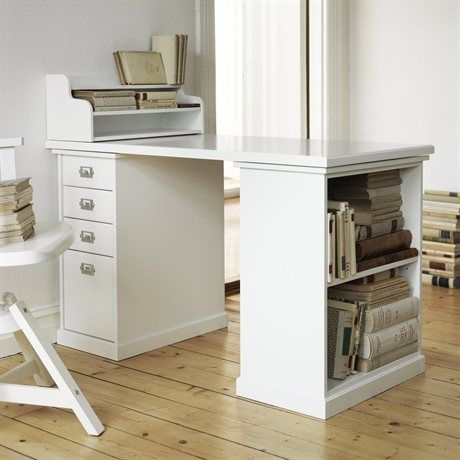 Ikea combine your desk to suit you designer tina for Table a couture ikea
