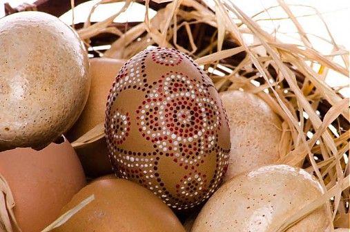 kreativnekurzy / Kurz: Veľkonočné vajíčka-vosková batika 03.03.2012