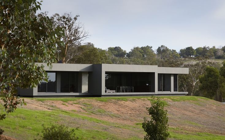 The Cubist Cottage: A Modernist Retreat | Scyon Wall Cladding And Floors