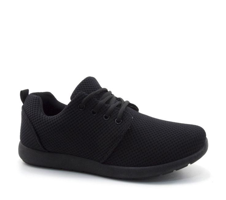 Στυλάτα παπούτσια sneakers σε μαύρη απόχρωση του οίκου il mondo-comfort , από ανεξίτηλο αναπνέων ύφασμα άριστης ποιότητας και αντοχής.Με μαλακό εσωτερικό πάτο και ευλίγιστη σόλα που προσφέρει άνετο και σταθερό βάδισμα.Ιδανικά παπούτσια για casual εμφανίσεις κάθε ώρα της ημέρας.