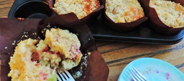 Rabarber aardbeien muffins