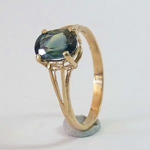 1.30CTs. Earth Mined Blue Green Sapphire in Solid 10K Yellow Gold Ring Size:N-7      RI404
